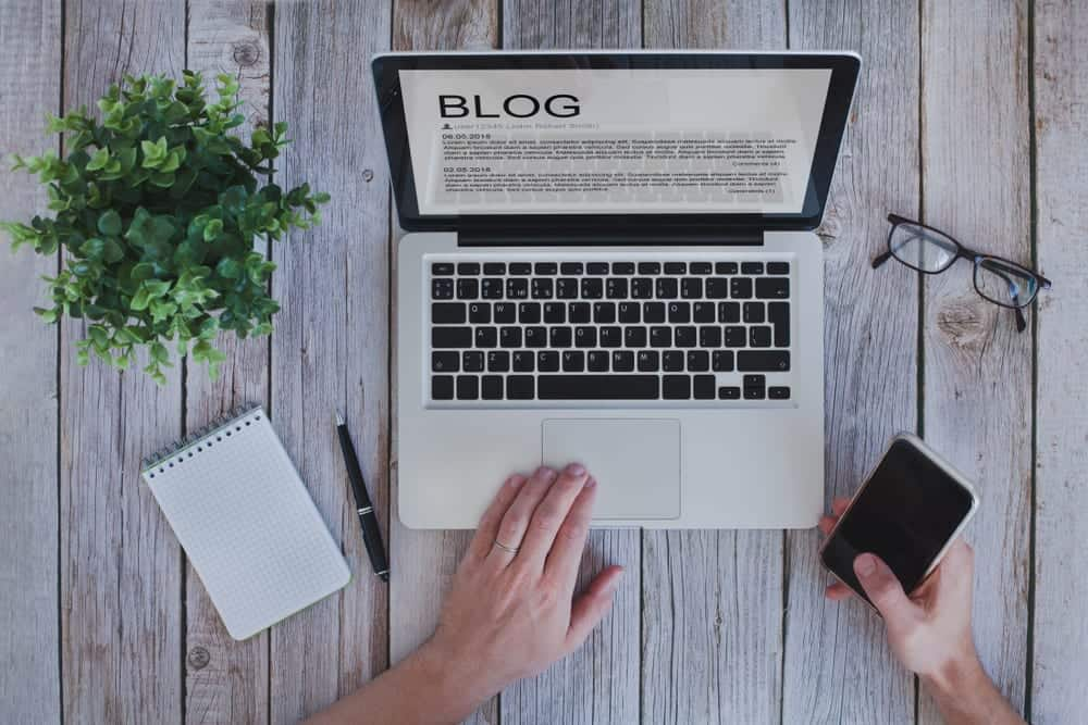 How to write a blog post that's engaging but still promotes your business!
